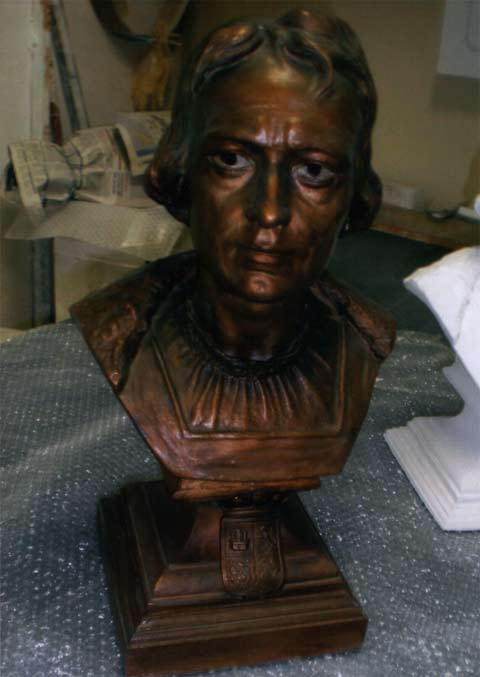 Reproduction of a bust of Christopher Columbus of 1800