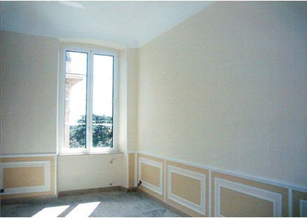 Boiserie in stucco